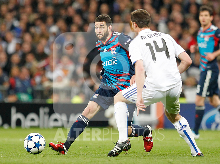 Madrid (16/03/2011).- Estadio Santiago Bernabeu..UEFA Champion League..Real Madrid 3 - Olympique Lyonnais 0.Lisandro...©Alex Cid-Fuentes/ALFAQUI...
