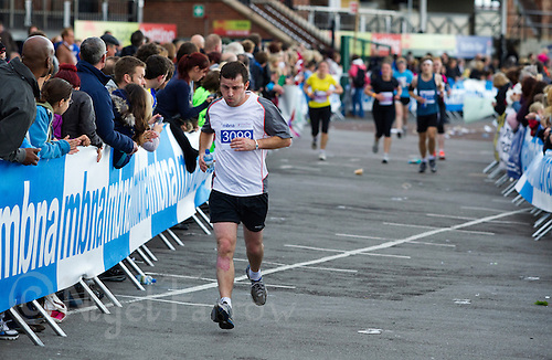 09 SEP 2011 - CHESTER, GBR - Paul Thistlethwaite - MBNA Chester Marathon (PHOTO (C) NIGEL FARROW)