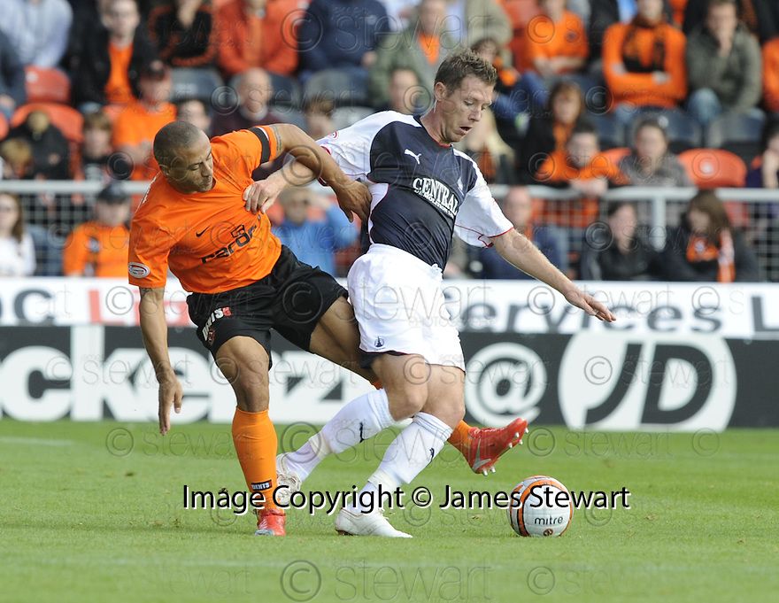 29/08/2009  Copyright  Pic : James Stewart.sct_jspa25_dundee_utd_v_falkirk  .DANNY CADAMARTERI AND BURTON O'BRIEN CHALLENGE...James Stewart Photography 19 Carronlea Drive, Falkirk. FK2 8DN      Vat Reg No. 607 6932 25.Telephone      : +44 (0)1324 570291 .Mobile              : +44 (0)7721 416997.E-mail  :  jim@jspa.co.uk.If you require further information then contact Jim Stewart on any of the numbers above.........