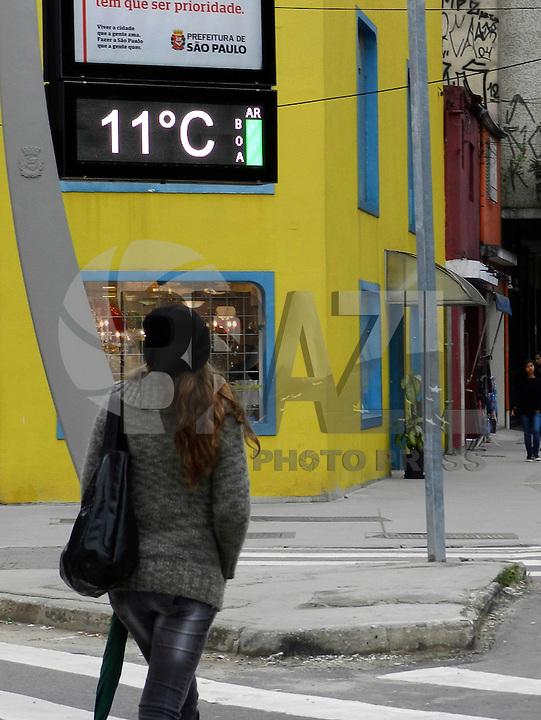 SAO PAULO - SP - 25.07.2013 - CLIMA TEMPO -  Tarde fria na zona oeste da cidade  de São Paulo, nesta tarde de quarta-feira. FOTO: MAURICIO CAMARGO / BRAZIL PHOTO PRESS.