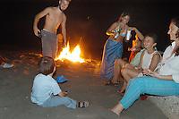 - night fest on the beach..- festa notturna sulla spiaggia