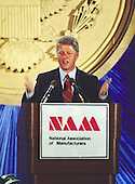 Governor Bill Clinton (Democrat of Arkansas), a candidate for the Democratic Party nomination as President of the United States, makes remarks to business executives at a meeting of the National Association of Manufacturers in Washington, DC on June 24, 1992.  <br /> Credit: Ron Sachs / CNP