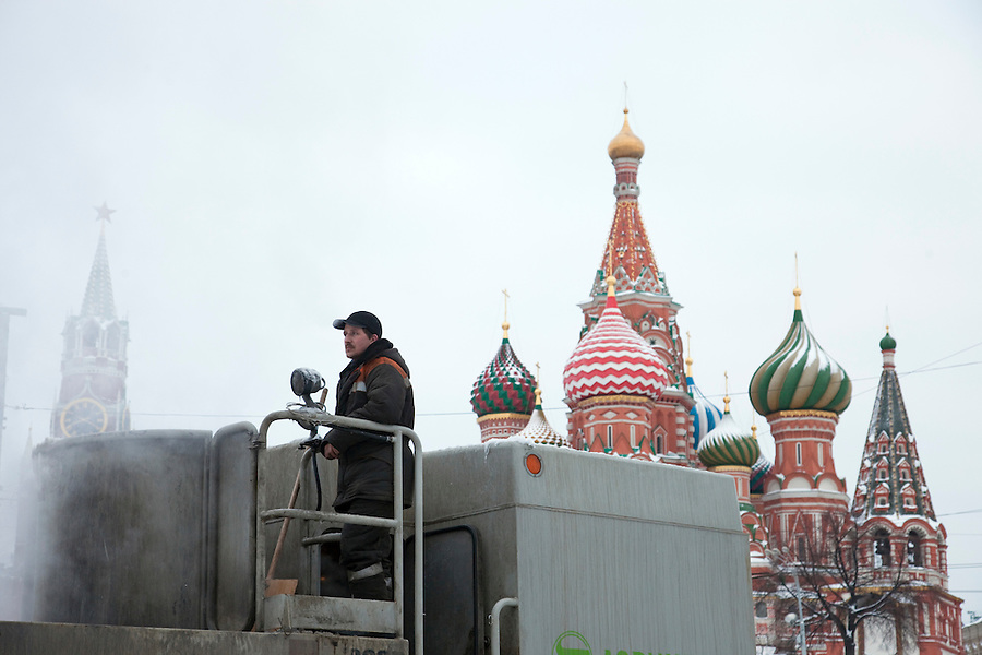 Moscow, Russia, 23/02/2010..Workers use a snow incinerator to help clear Red Square after record amounts of snow fell over the weekend, the heaviest in the Russian capital for nearly 50 years.