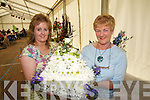 FLORAL: Michelle and Helen McElligott from Clash West,.Tralee, with a flower arrangement at Feile na mBlath in Tralee.Town Park on Friday.