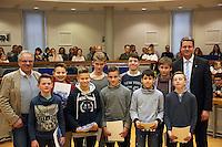 Sportler des JC Rüsselsheim werden geehrt von OB Patrick Burghardt und Leiter des Sportamts Robert Neubauer