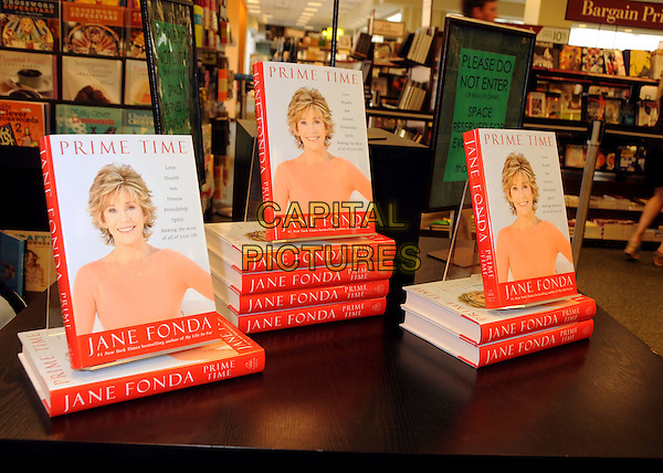"Atmosphere.Jane Fonda Book Signing for ""Prime Time: Love, Health, Sex, Fitness, Friendship, Spirit -- Making the Most of All of Your Life."" held at Barnes & Noble, The Grove, Los Angeles, California, USA..August 15th, 2011.gv general view book books .CAP/ADM/BP.©Byron Purvis/AdMedia/Capital Pictures."