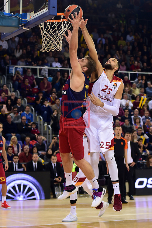 Turkish Airlines Euroleague 2016/2017.<br /> Regular Season - Round 22.<br /> FC Barcelona Lassa vs Galatasaray Odeabank Istanbul: 62-69.<br /> Aleksandar Vezenkov vs Austin Daye.