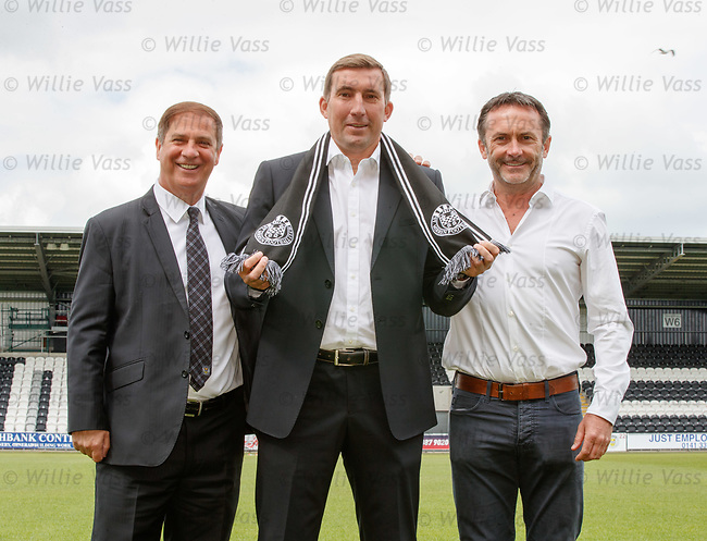 11.06.18 Alan Stubbs new St Mirren manager with chief exec Tony Fitzpatrick and chairman Gordon Scott