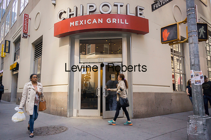 A Chipotle Mexican Grill restaurant in New York on Saturday, April 30, 2016. Chipotle's norovirus and e.coli travails brought down recently reported earnings. (© Richard B. Levine)