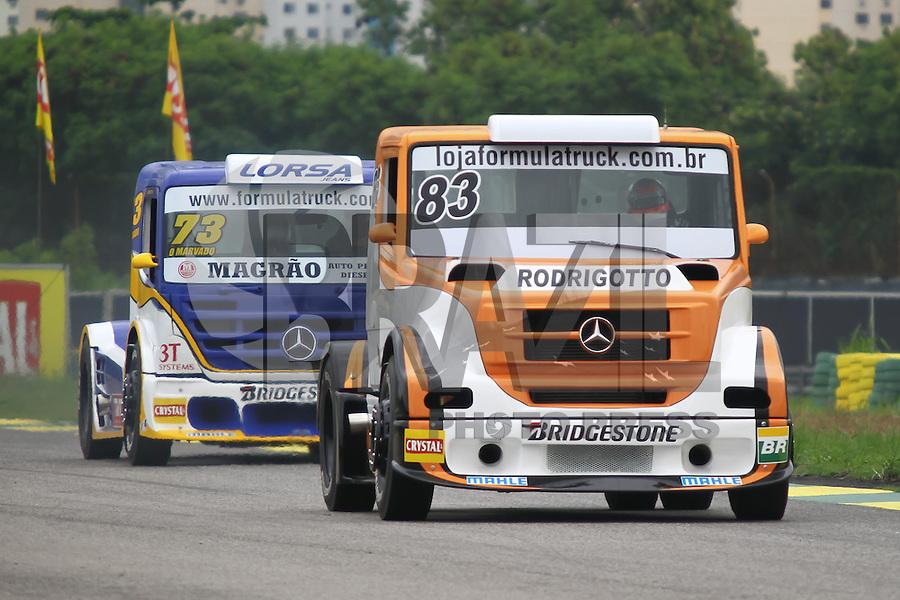 RIO DE JANEIRO, RJ, 30 DE MARCO 2012 - FORMULA TRUCK - 2a ETAPA - RIO DE JANEIRO - Os pilotos Regis Boessio (83), da equipe ABF Competicoes e Leandro Totti (73), da equipe ABF Racing Team, durante o primeiro treino livre para a 2a etapa da Formula Truck, disputada no Autodromo Internacional Nelson Piquet, Jacarepagua, Rio de Janeiro, nesta sexta feira, 30. FOTO BRUNO TURANO  BRAZIL PHOTO PRESS