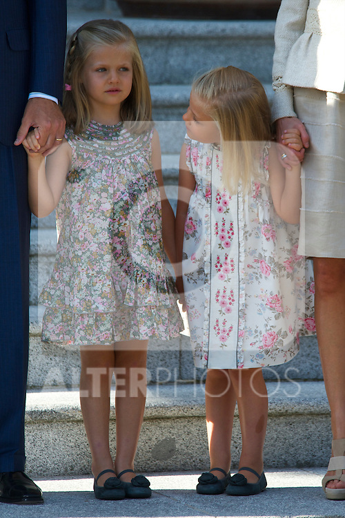 Spanish King Juan Carlos, Queen Sofia, Prince Felipe, Princess Letizia, Princess Leonor, Princess Sofia, Princess Elena her daughter Victoria Federica and son Felipe Juan Froilan attends attend a meeting with Pope Benedict XVI at the Zarzuela Palace in Madrid, on August 19, 2011.Foto: Billy Chappel / ALFAQUI