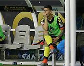 James Rodriguez luego de ser sustituido por una lesión en el hombro derecho en el partido entre Colombia y Estados Unidos en la Copa América Centenario USA 2016 en el Levi's Stadium en Santa Clara, California, el 3 de junio de 2016.<br /> Foto: Archivolatino<br /> <br /> COPYRIGHT: Archivolatino/Alejandro Sanchez<br /> Prohibida su venta y su uso comercial.