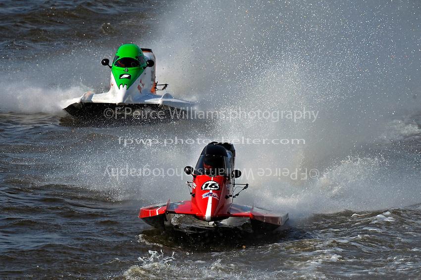 Tim Seebold (#16) and Rueben Stafford (#5)   (Formula 1/F1/Champ class)