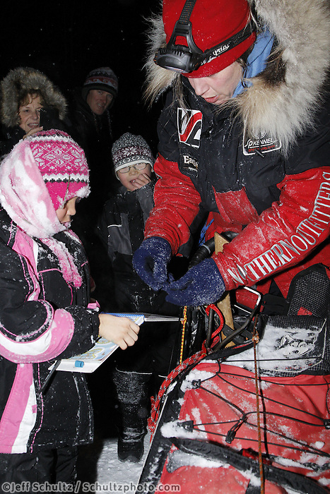 Tuesday March 6, 2012 Aliy Zirkle arrived first to the McGrath checkpoint in the Iditarod 2012, winning the PenAir Spirit of Alaska Award.