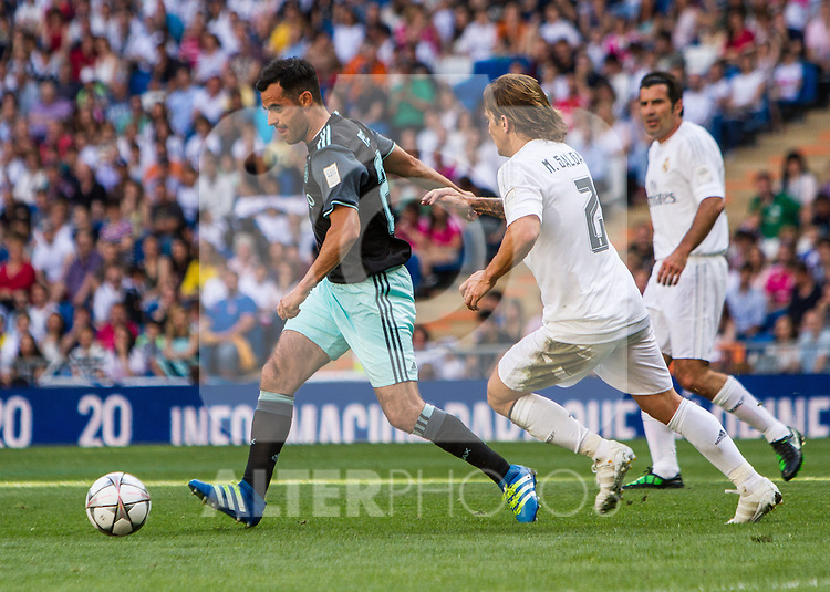 during the Corazon Classic Match 2016 at Estadio Santiago Bernabeu between Real Madrid Legends and Ajax Legends. Jun 5,2016. (ALTERPHOTOS/Rodrigo Jimenez)