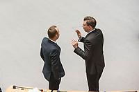 Plenarsitzung des Berliner Abgeordnetenhaus am Donnerstag den 25. Januar 2018.<br /> Im Bild: Sebastian Czaja, FDP-Fraktionsvorsitzender (links) im Gespraech mit Florian Graf, CDU-Fraktionsvorsitzender (rechts).<br /> 25.1.2018, Berlin<br /> Copyright: Christian-Ditsch.de<br /> [Inhaltsveraendernde Manipulation des Fotos nur nach ausdruecklicher Genehmigung des Fotografen. Vereinbarungen ueber Abtretung von Persoenlichkeitsrechten/Model Release der abgebildeten Person/Personen liegen nicht vor. NO MODEL RELEASE! Nur fuer Redaktionelle Zwecke. Don't publish without copyright Christian-Ditsch.de, Veroeffentlichung nur mit Fotografennennung, sowie gegen Honorar, MwSt. und Beleg. Konto: I N G - D i B a, IBAN DE58500105175400192269, BIC INGDDEFFXXX, Kontakt: post@christian-ditsch.de<br /> Bei der Bearbeitung der Dateiinformationen darf die Urheberkennzeichnung in den EXIF- und  IPTC-Daten nicht entfernt werden, diese sind in digitalen Medien nach §95c UrhG rechtlich geschuetzt. Der Urhebervermerk wird gemaess §13 UrhG verlangt.]