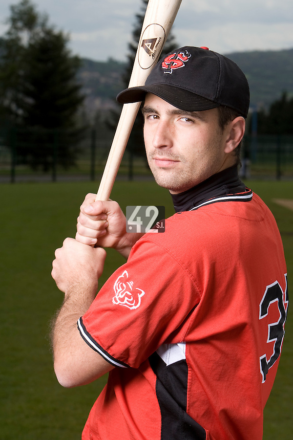 BASEBALL - ELITE - CLERMONT-FERRAND (FRANCE) - STADE DES CEZEAUX - 02/05/2008 - UNIDENTIFIED PLAYER (STADE TOULOUSAIN)