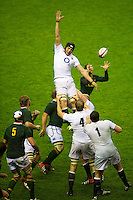 Tom Wood of England mis-judges the lineout ball as Ruan Pienaar of South Africa clears up at the back during the QBE Autumn International match between England and South Africa at Twickenham on Saturday 24 November 2012 (Photo by Rob Munro)