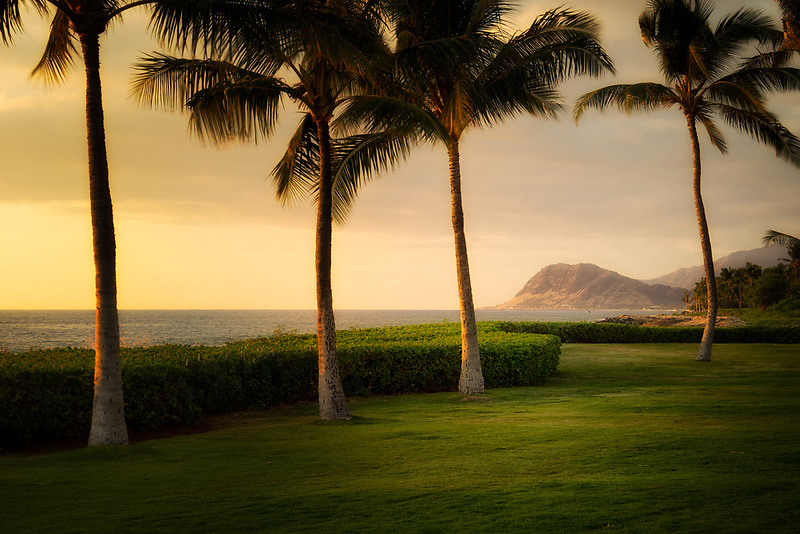 Coastline at sunset. Ko Olina, Oahu, Hawaii