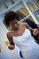 Wedding photos of von Nkosi and Dee Dee Jones at the Admissions House of Occidental College, Los Angeles, California