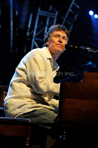 Steve Winwood performing live at Madison Square Garden in New York City on June 17, 2008. © David Atlas / MediaPunch