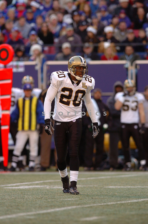 JAY BELLAMY, of the New Orleans Saints during their game against the New York Giants on December 24, 2006 in NJ...Saints win 30-7..Tomasso DeRosa / SportPics