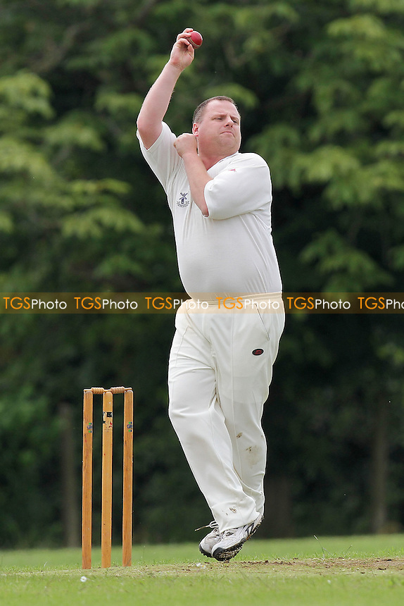 Paul Scott in bowling action for Upminster - Hornchurch CC 5th XI vs Upminster CC 6th XI - Essex Cricket League at Met Police Sports Ground, Chigwell - 25/06/11 - MANDATORY CREDIT: Gavin Ellis/TGSPHOTO - Self billing applies where appropriate - Tel: 0845 094 6026