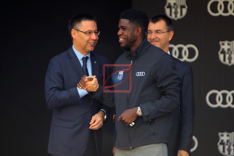 AUDI Premium Partner del FC Barcelona.<br /> Josep M. Bartomeu, Samuel Umtiti &amp; Guillermo Fadda.
