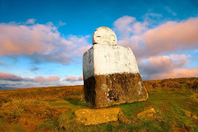 Fat Betty's cross, Rosedale head. North Yorks National Park, North Yorkshire, England