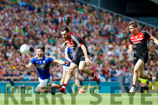 Paul Murphy Kerry in action against Kevin McLoughlin Mayo in the All Ireland Semi Final Replay in Croke Park on Saturday.