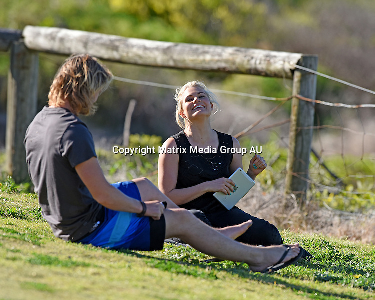 3 AUGUST 2015 SYDNEY AUSTRALIA<br /> <br /> EXCLUSIVE PICTURES<br /> <br /> Home &amp; Away filming at Palm Beach. A dramatic scene unfolds at Summer Bay with cast members Pia Miller, George Mason, Isabella Giovinazzo and Bonnie Sveen.
