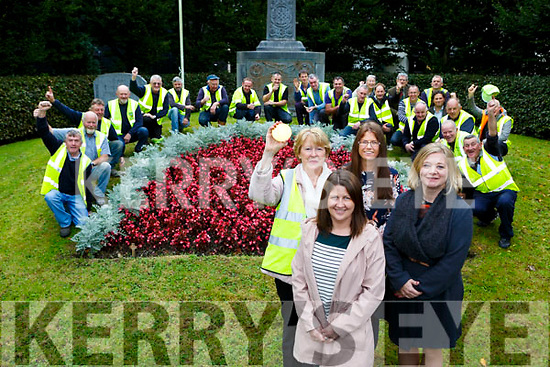 Margaret Piggot, Angela McAllen, Eileen O'Donoghue and Kathleen Foley celebrate with the volunteers that helped get extra points for Killarney in this years Tidy Towns Competition