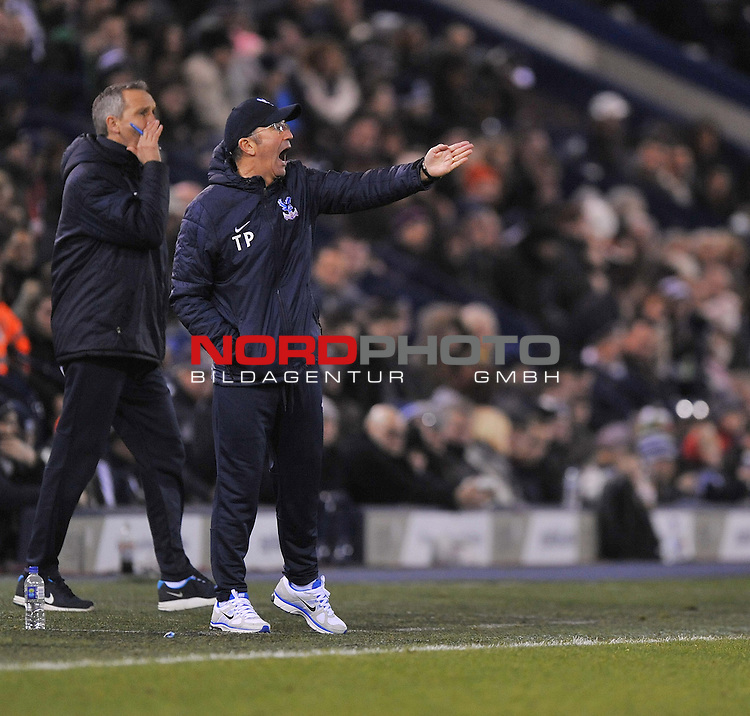 Crystal Palace Manager, Tony Pulis gives his players directions. -  04/01/2014 - SPORT - FOOTBALL - West Bromwich - The Hawthorns - West Brom v Crystal Palace - FA Cup - Third Round<br /> Foto nph / Meredith<br /> <br /> ***** OUT OF UK *****