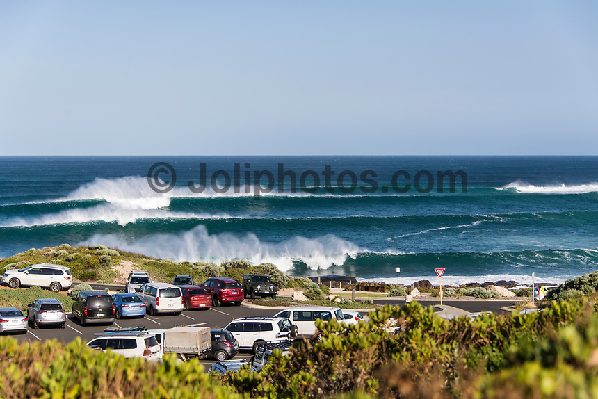MARGARET RIVER, Western Australia/AUS (Saturday, April 1, 2017) - After further assessment of the conditions on offer the event officials called men's Rounds 3 and 4 of the Drug Aware Margaret River Pro ON with an 8:45 a.m. start at Main Break in clean eight-to-ten foot plus conditions. The event had switched from the previously communicated venue, The Box, due to an unfavorable swell period.<br /> <br /> &ldquo;We have kept a close eye on the conditions at The Box and have realised it is not as ideal as we first thought,&rdquo; said WSL Deputy Commissioner Renato Hickel. &ldquo;The Box is a wave that works best on a short period large swell. The period today is quite long and is causing the wave to break in the wrong spot. Unfortunately, it isn&rsquo;t contestable for our athletes so we will move back to Main Break. The good news is that there are some sets in the 10-to-12 foot range at Main Break so regardless of our move, it&rsquo;s going to be a spectacular day of surfing.&rdquo;<br />  Photo: joliphotos.com