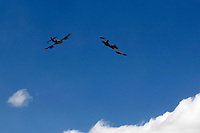 """RIONEGRO -  COLOMBIA, 13-07-2017: Con las exhibiciones de los equipos acrobáticos de la Fuerza Aérea Colombiana, FUMACA de Brasil y USAF de Estados Unidos, se inauguró la VIII edición de F-AIR COLOMBIA, en el Aeropuerto Internacional José María Córdova de Rionegro. Más de 17 delegaciones nacionales e internacionales, 200 expositores de 20 países de América, Asia y Europa y 55.000 visitantes se reunirán durante cuatro en torno a una de las más importantes plataformas del negocio de la aviación. La feria aeronáutica es la oportunidad para mostrar al mundo el potencial aeronáutico de Colombia y seguir siendo líderes regionales en el desarrollo de las operaciones aéreas. Más de 25 tipos de aeronaves con las tecnologías más avanzadas de la industria para uso comercial y militar, serán exhibidas durante el certamen ferial. La Aeronáutica Civil y la Fuerza Aérea Colombiana presentarán, por su parte, los últimos avances que en materia de infraestructura aeronáutica y aeroespacial se vienen desarrollando en el país. Los asistentes disfrutaran de 26 revistas aéreas realizadas por las mejores escuadrillas de Colombia, Chile y Estados Unidos. Se destaca el equipo acrobático de los helicópteros AH-60 """"Arpía"""", una de las mayores atracciones de la Fuerza Aérea Colombiana (FAC), una coreografía aérea de alto impacto, considerada como """"irrepetible"""" en el resto del mundo, a cargo de la Escuadrilla de Alta Acrobacia """"Los Halcones"""" de Chile y el show aéreo que presentarán las aeronaves B-52 de la Fuerza Aérea de Estados Unidos. /  With the exhibitions of the acrobatic teams of the Colombian Air Force, FUMACA of Brazil and USAF of the United States, the VIII edition of F-AIR COLOMBIA was inaugurated, in the José María Córdova International Airport of Rionegro. More than 17 national and international delegations, 200 exhibitors from 20 countries in America, Asia and Europe and 55,000 visitors will meet for four around one of the most im"""