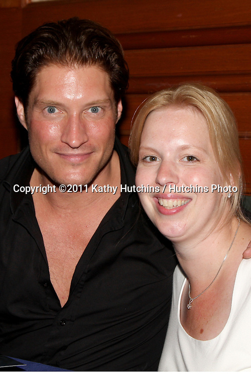LOS ANGELES - AUG 26:  Sean Kanan, Angelique de Vries attending the Young & Restless Fan Dinner 2011 at the Universal Sheraton Hotel on August 26, 2011 in Los Angeles, CA