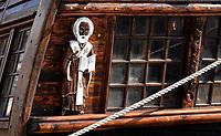 Nederland - Zaandam- 2020. Het Russische schip de Shtandart. Het schip is een replica van het schip dat tsaar Peter de Grote in 1703 in Sint Petersburg liet bouwen na zijn bezoek aan Zaandam. Geestelijke afgebeeld op de spiegel van het schip. Foto ANP / Hollandse Hoogte / Berlinda van Dam