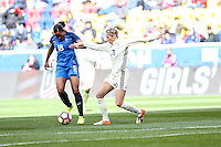 HARRISON, NJ, 04.03.2017 - FRANÇA-ALEMANHA - Marie-Laure Delle da França disputa bola com Kathrin Hendrich  Alemanha em  jogo valido pela segunda rodada da SheBelieves Cup no Red Bull Arena na cidade de Harrison nos Estados Unidos neste sábado , 04.(Foto: William Volcov/Brazil Photo Press)