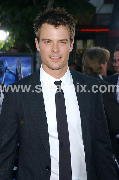 **ALL ROUND PICTURES FROM SOLARPIX.COM**.**WORLDWIDE SYNDICATION RIGHTS EXCLUDING - FRANCE** .Guests arrive at the premiere of the  film, TRANSFORMERS in Westwood, California, USA, at the Village Theater on June 27, 2007..This pic: Josh Duhamel..JOB REF: 4161   GLS       DATE: 28.06.2007.**MUST CREDIT SOLARPIX.COM OR DOUBLE FEE WILL BE CHARGED* *UNDER NO CIRCUMSTANCES IS THIS IMAGE TO BE REPRODUCED FOR ANY ONLINE EDITION WITHOUT PRIOR PERMISSION*