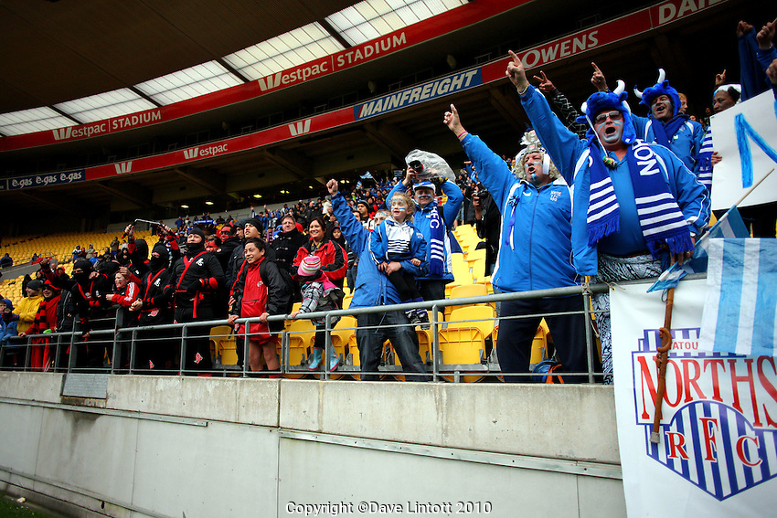 Norths fans celebrate victory. Wellington club rugby Jubilee Cup final between Northern United and Poneke at Westpac Stadium, Wellington, New Zealand on Sunday, 15 August 2010. Photo: Dave Lintott/lintottphoto.co.nz