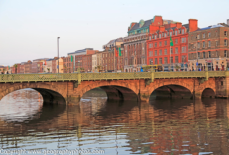 Grattan Bridge crossing River Liffey, Dublin city centre, Ireland, Republic of Ireland, 1870s