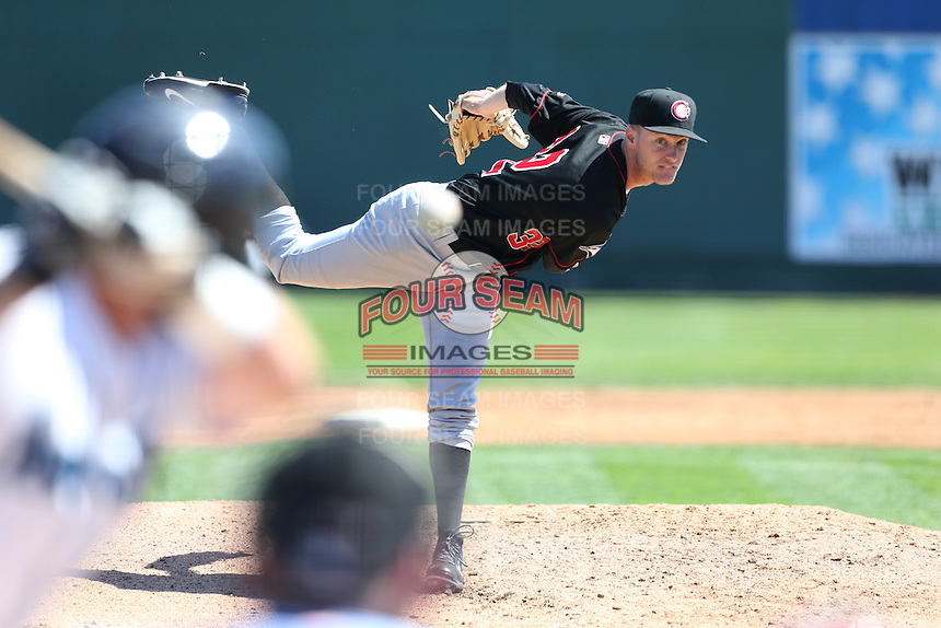 Jon Harris (32) of the Vancouver Canadians pitches during a game against the Everett AquaSox at Everett Memorial Stadium on July 28, 2015 in Everett, Washington. Everett defeated Vancouver, 8-5. (Larry Goren/Four Seam Images)