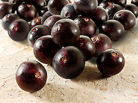 Stock fotos & images of the acai berries the super fruit anti oxident from the Amazon. The acai berry has been associated with helping weight loss.