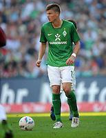 FUSSBALL   1. BUNDESLIGA   SAISON 2011/2012    8. SPIELTAG Hannover 96 - SV Werder Bremen                             02.10.2011 Sebastian PROEDL (SV Werder Bremen) Einzelaktion am Ball