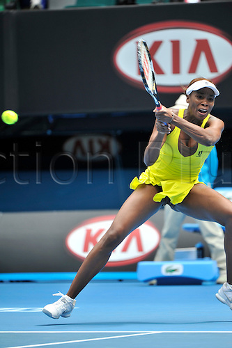 27 January 2010, 2010 Australian Open Tennis, day 10, Melbourne, Australia. Venus William (USA) Vs Na Li (CHN). Venus Williams in action. Photo by Peter Blakeman/Actionplus.