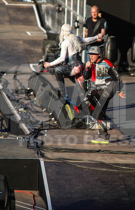 LISBOA, PORTUGAL, 26 MAIO 2012 -  ROCK IN RIO LISBOA - Limp Bizkit no palco Mundo, no segundo dia do Rock In Rio Lisboa na cidade do Rock, em Lisboa Portugal. (FOTO: WILLIAM VOLCOV / BRAZIL PHOTO PRESS).