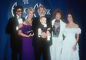 KENNY ROGERS (1983)