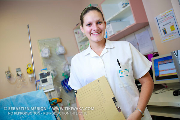 Katherine Salom (Agent au bureau des admissions Urgences CHT)