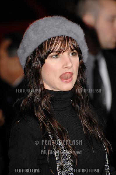 """JULIETTE LEWIS at the world premiere of her new movie """"Catch and Release"""" at the Egyptian Theatre, Hollywood..January 22, 2007  Los Angeles, CA.Picture: Paul Smith / Featureflash"""