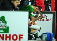 FUSSBALL   1. BUNDESLIGA    SAISON 2012/2013    17. Spieltag   SV Werder Bremen - 1. FC Nuernberg                     16.12.2012 Marko Arnautovic (SV Werder Bremen) sitzt nach seiner Auswechslung enttauscht auf der Bank